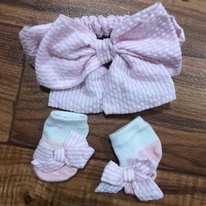 Matching socks and head bands sets